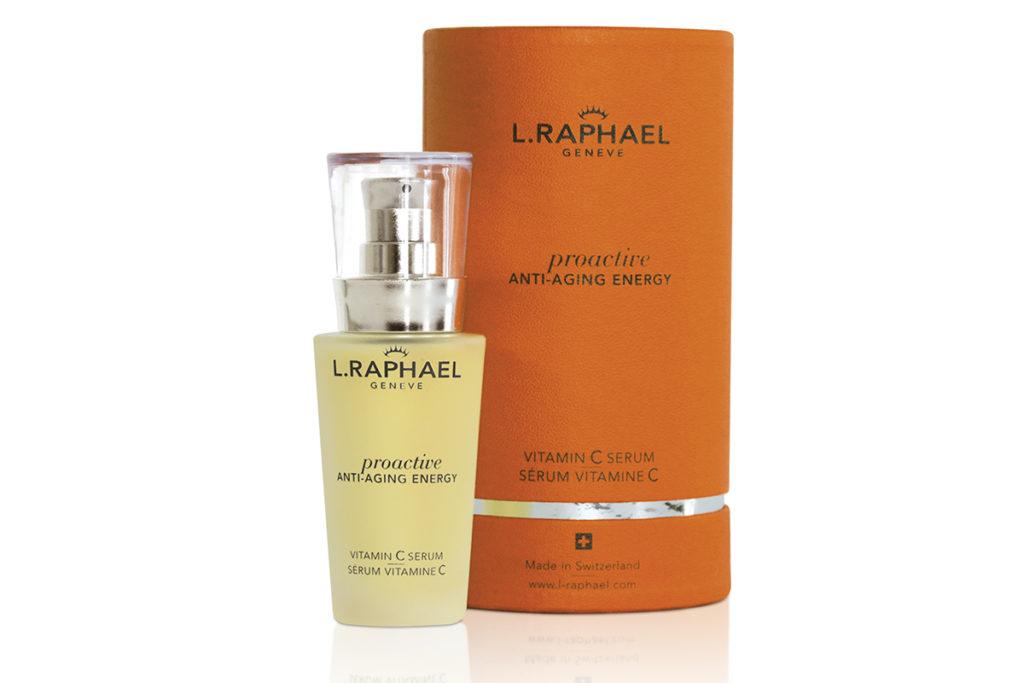 Сыворотка PROACTIVE VITAMIN C SERUM, L.RAPHAEL препятствует образованию морщин, темных пятен и нарушению пигментации кожи