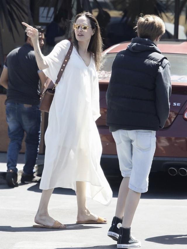 Анджелина Джоли (фото legion-media.ru)
