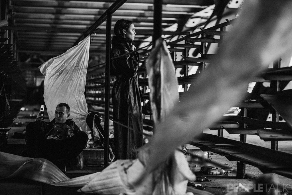 8s4a5350 1024x682 - К премьере «Быка». Актеры Юрий Борисов и Стася Милославская: о знакомстве (это очень смешно), карьере и постельных сценах