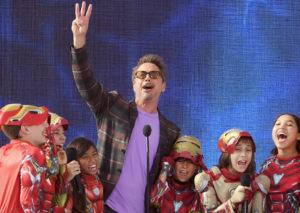 Зендая, Коул Спроус и Лили Рейнхарт: все победители премии Teen Choice Fox Awards здесь