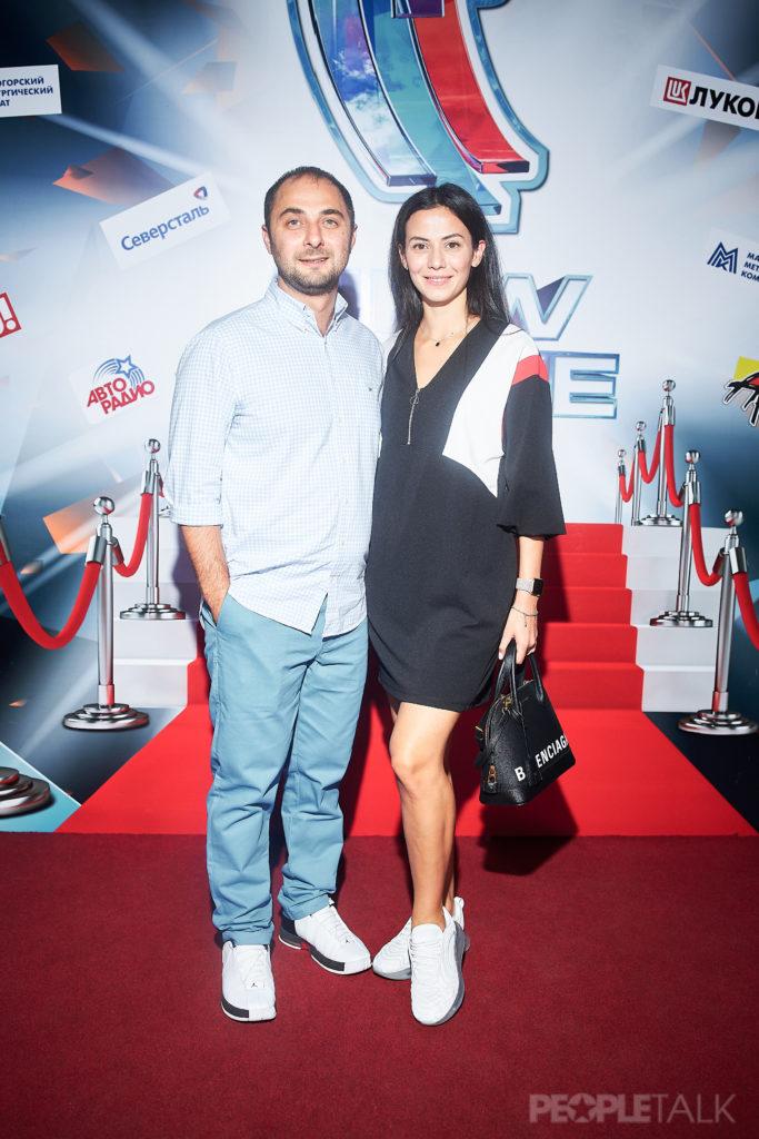 Демис Карибидис с супругой