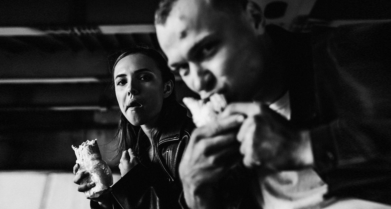 К премьере «Быка». Актеры Юрий Борисов и Стася Милославская: о знакомстве (это очень смешно), карьере и постельных сценах