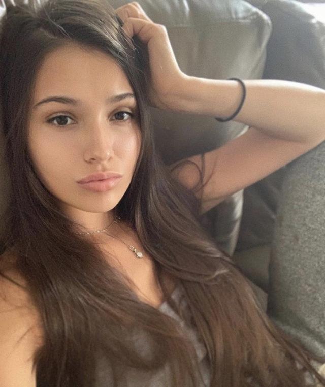 Мария Кожевникова выложила новую фотографию без макияжа. Собрали все фото звезд без косметики