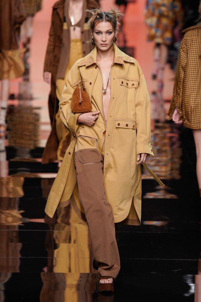 Белла Хадид и прозрачные платья на показе Fendi в Милане. Все шоу здесь!