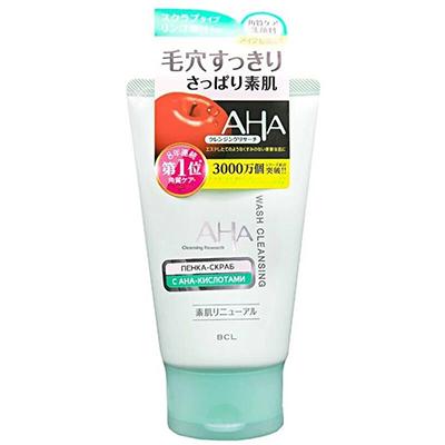 Пена-скраб для лица AHA, 1280 р. Подходит для ежедневного мягкого очищения: не травмирует кожу и смывает макияж. В составе нет никаких гранул, только отшелушивающие AHA-кислоты, которые «полируют» лицо.
