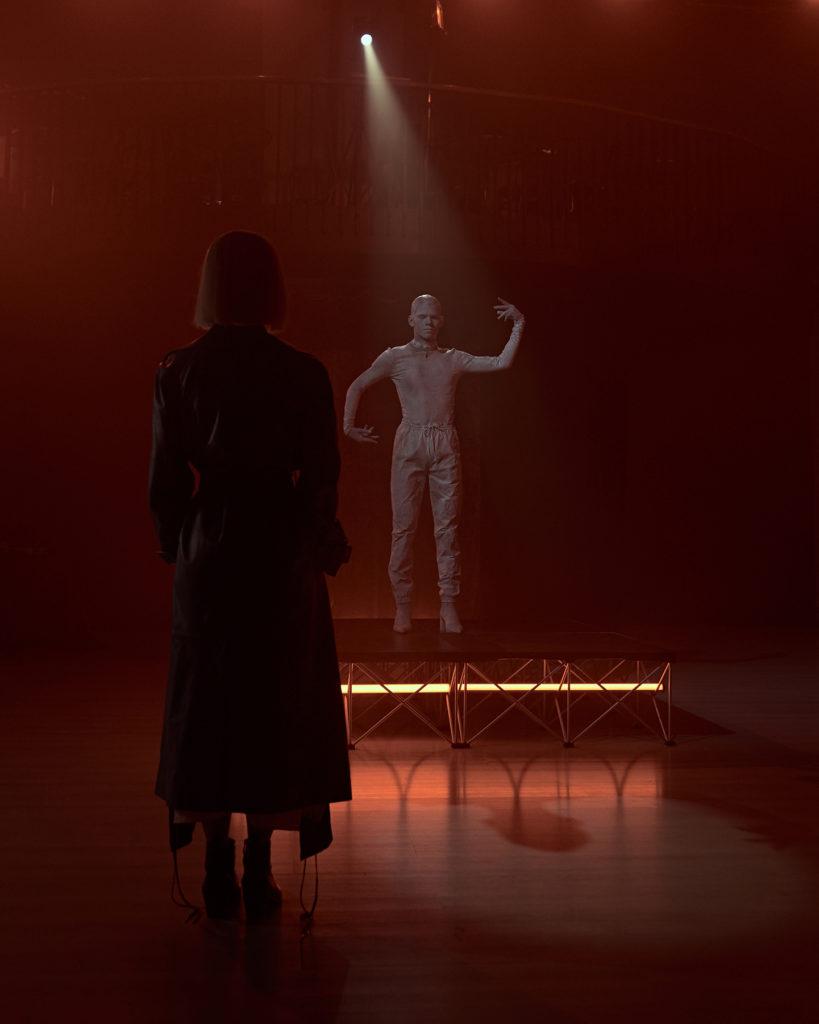 Эксклюзив PEOPLETALK. Как снимали новый клип Юли Паршуты?