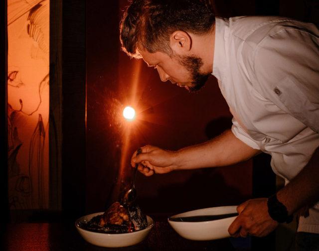 Гастробар «Игристый»: ужин в тайной комнате