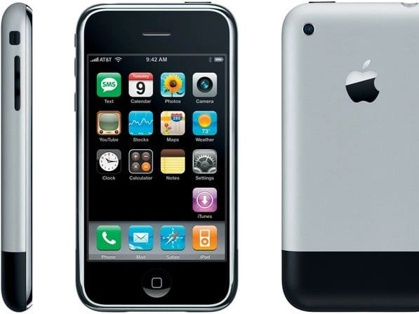 2007: iPhone 2G