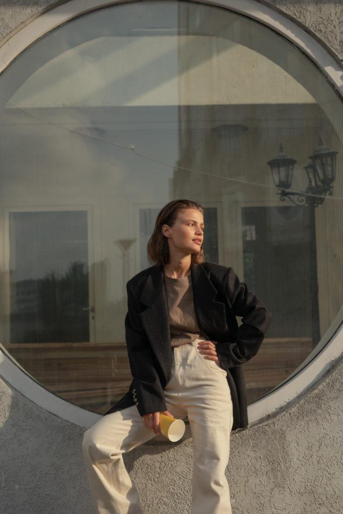Где купить идеальное двубортное пальто на осень?
