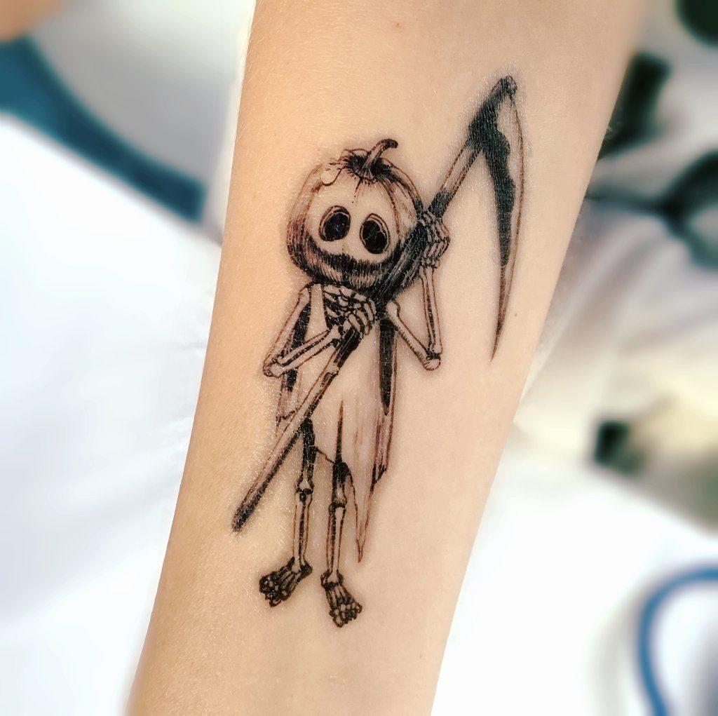 Для тех, кому мало костюма: татуировка к Хэллоуину