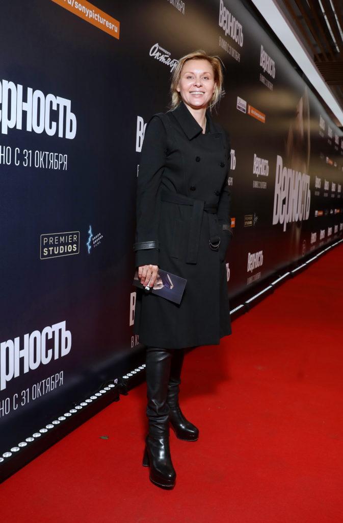 Любовь Аксенова, Лукерья Ильяшенко и Ингрид Олеринская на премьере фильма «Верность»
