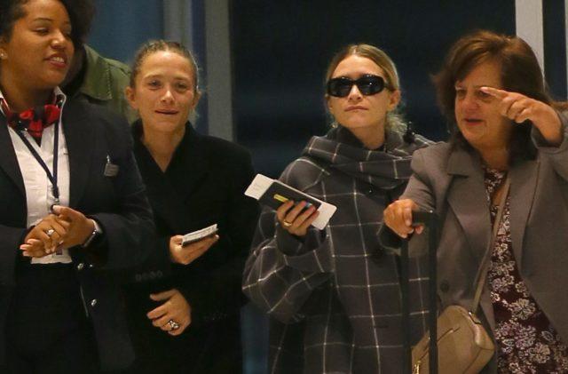 Вот, кого мы видим редко! Новый выход сестер Мэри-Кейт и Эшли Олсен