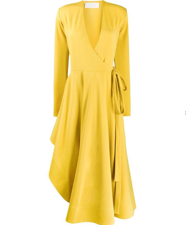 Главный цвет сезона. Какое платье взять в отпуск?