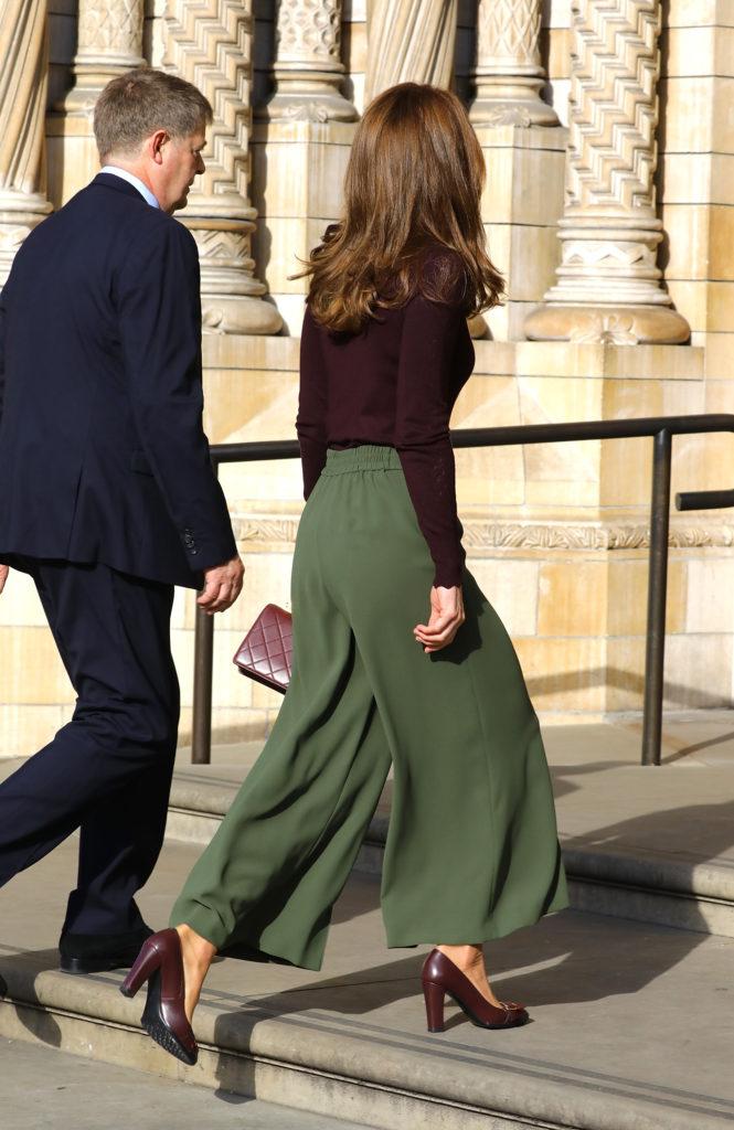 Герцогиня в брюках! Новый выход Кейт Миддлтон