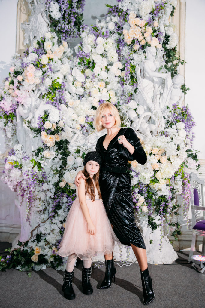 Ирина Гринёва с дочкой