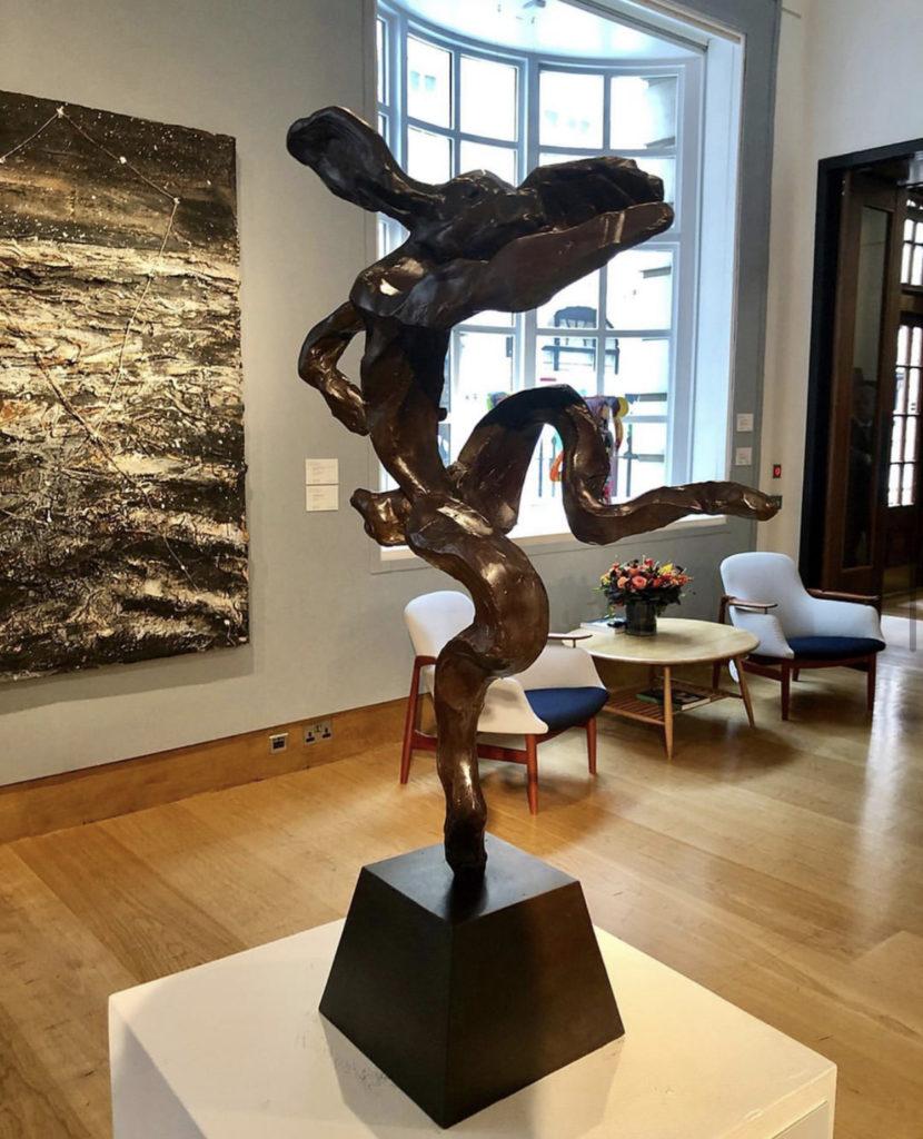 Классные выставки в аукционном доме Christie's и...
