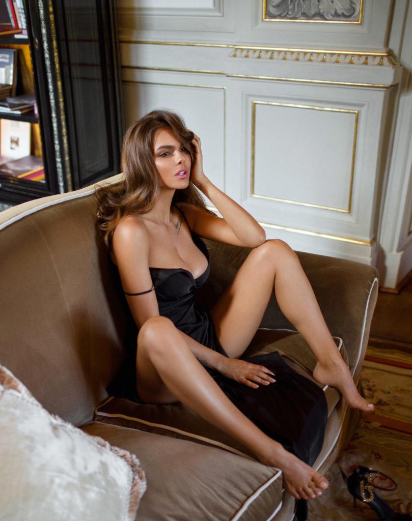 Эксклюзив PEOPLETALK: Вики Одинцова про «особенные отношения» с Кридом, о парнях, которые нравятся, и подкатах в Instagram