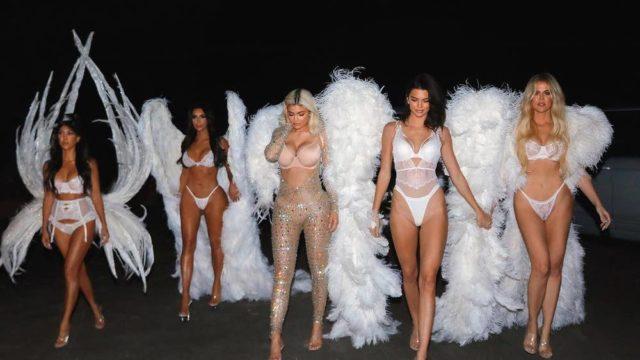 Самые голые костюмы звезд на Хэллоуин