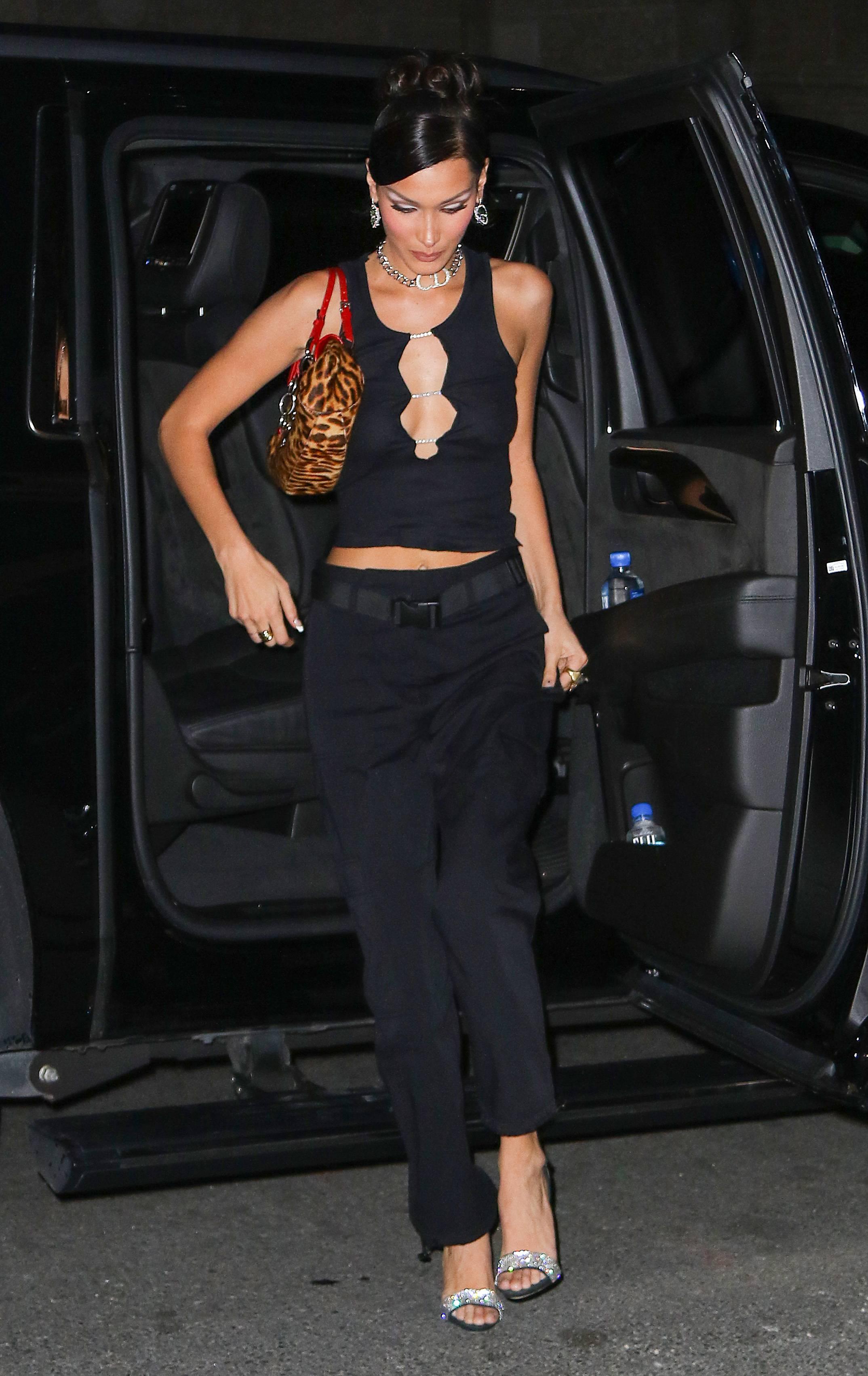 Кто оделся круче всех в эти выходные: Белла Хадид, Анджелина Джоли, Рианна