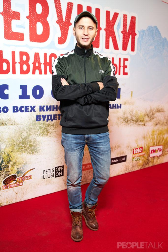 Антон Азаров