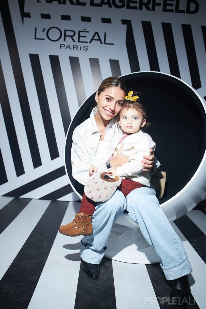 Яна Кушнер с дочкой