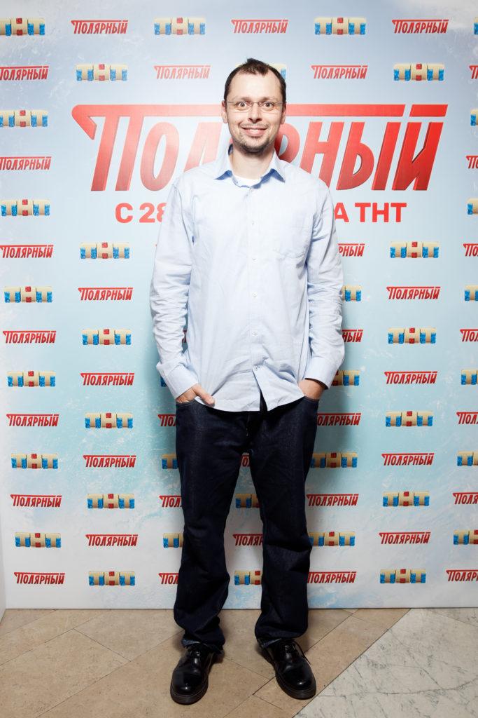 Виктор Комаров