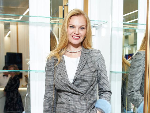 Митя Фомин, Елена Кулецкая и Анна Чурина на открытии клиникиRenew Premium