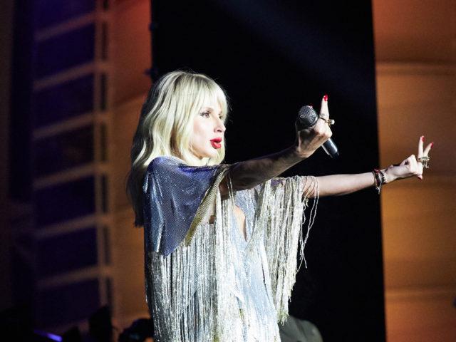 Светлана Лобода в Дубае, и не одна! С кем прилетела певица?