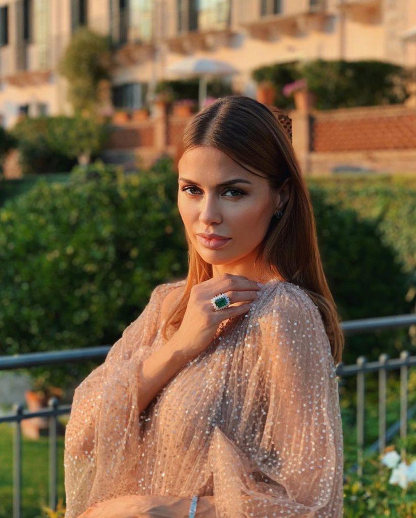 Не хуже Ким и Кайли: сколько Ксения Собчак, Ольга Бузова и Анна Хилькевич зарабатывают в Instagram?
