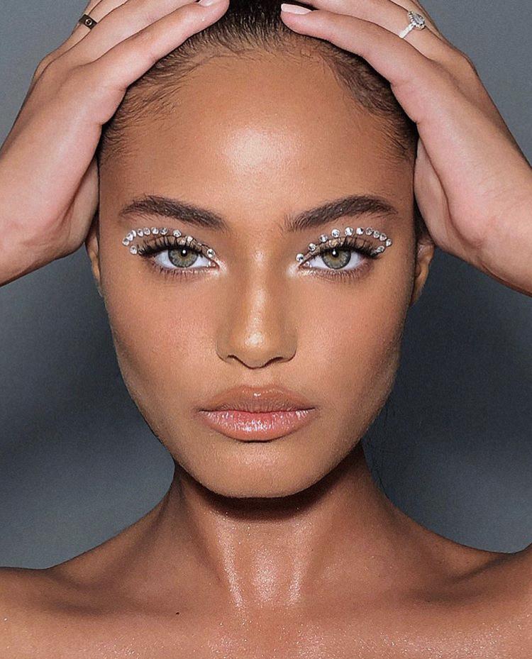 Подготовка к Новому году: макияж, который взорвет твой Instagram