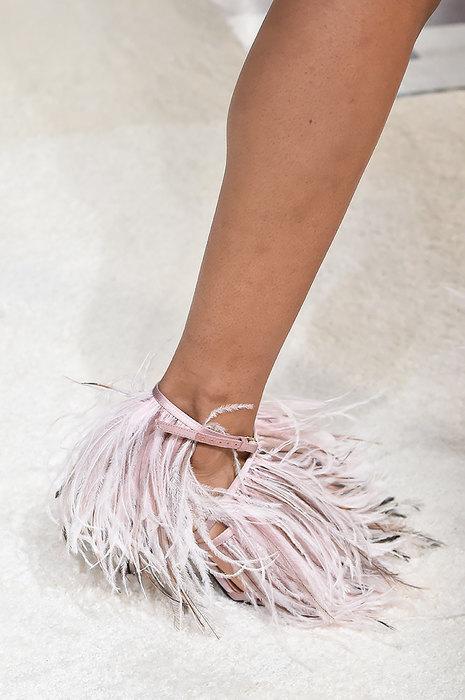 Самая странная обувь в мире. Как она выглядит?