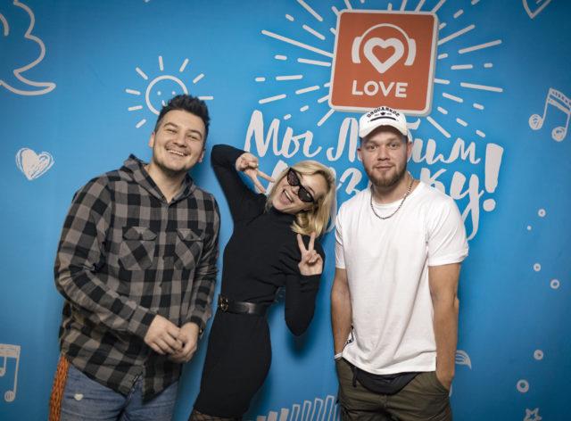 Полина Гагарина в Утреннем шоу «Красавцы» Love Radio: о возлюбленной сына и самых лицемерных артистах