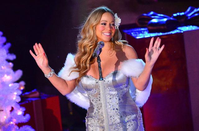 Три рекорда: песня Мэрайи Кэри All I Want for Christmas is You вошла в Книгу рекордов Гиннесса!