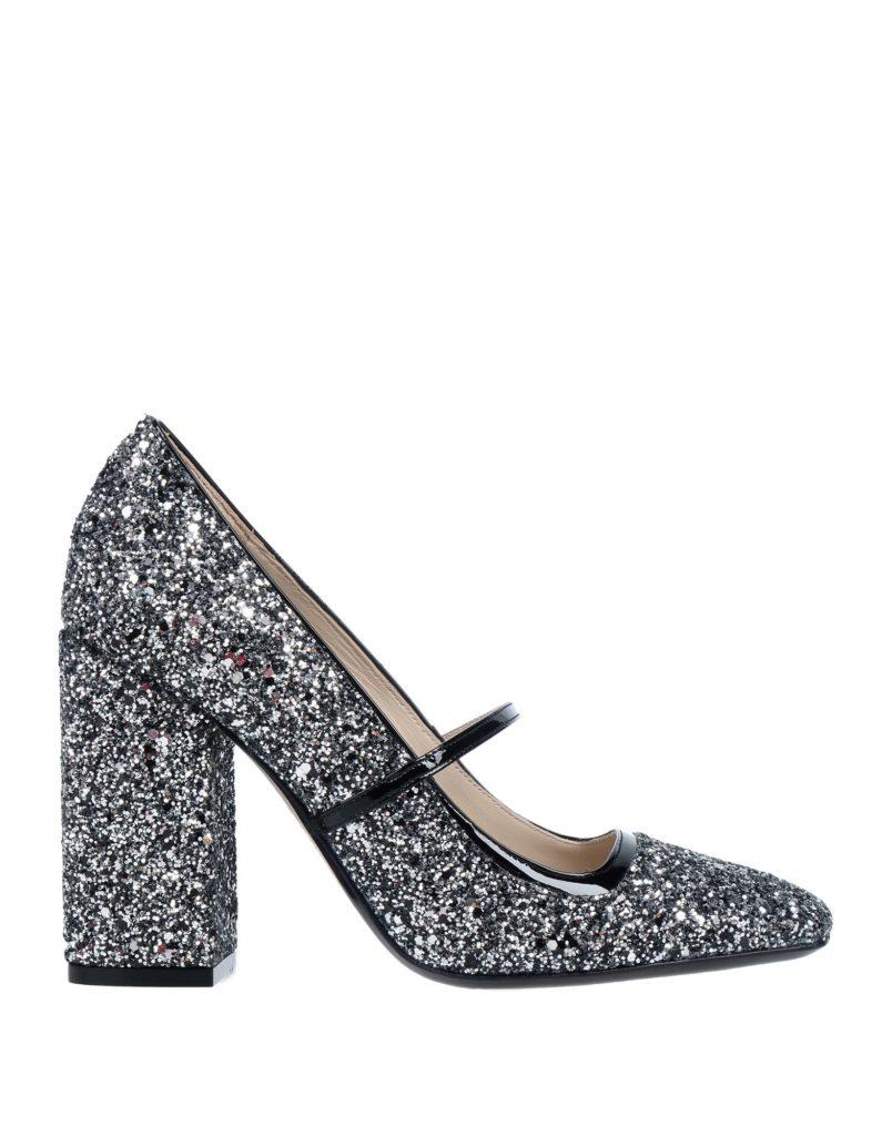 В стиле Кэрри Брэдшоу: 30 идеальных пар туфель для новогодней вечеринки