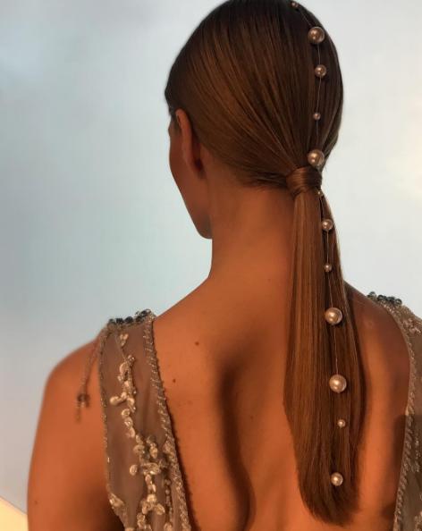 Сохрани к Новому году: топ укладок на длинные волосы