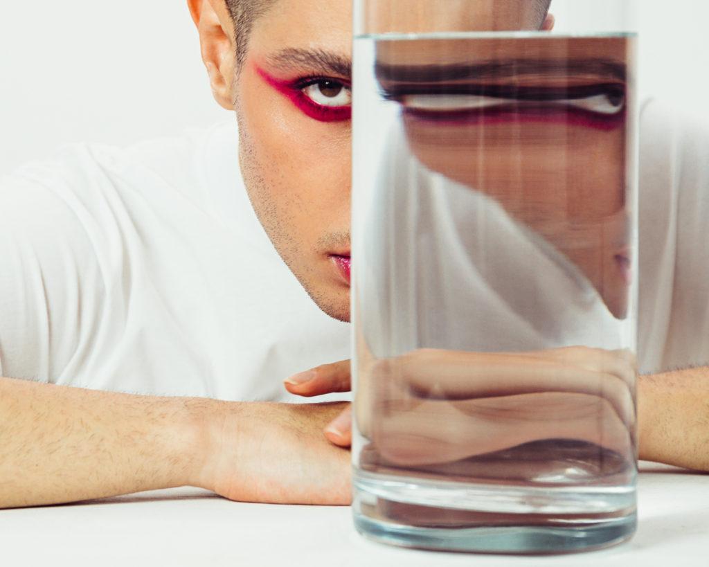 pt gevorg13576 1024x819 - Эксклюзив PEOPLETALK: визажист Геворг о хейтерах, косметике и макияже, который бесит мужчин