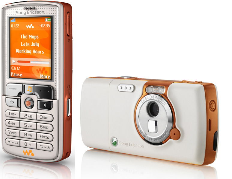 Sony Ericsson W800i. Рыжий плеерфон с большой камерой