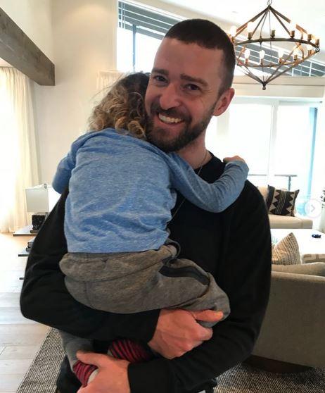 Джастин Тимберлейк с сыном (Instagram: @jessicabiel)