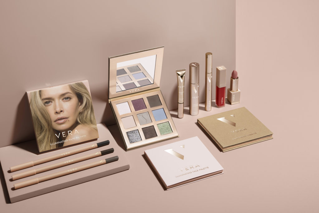 Вера Брежнева запустила бренд декоративной косметики