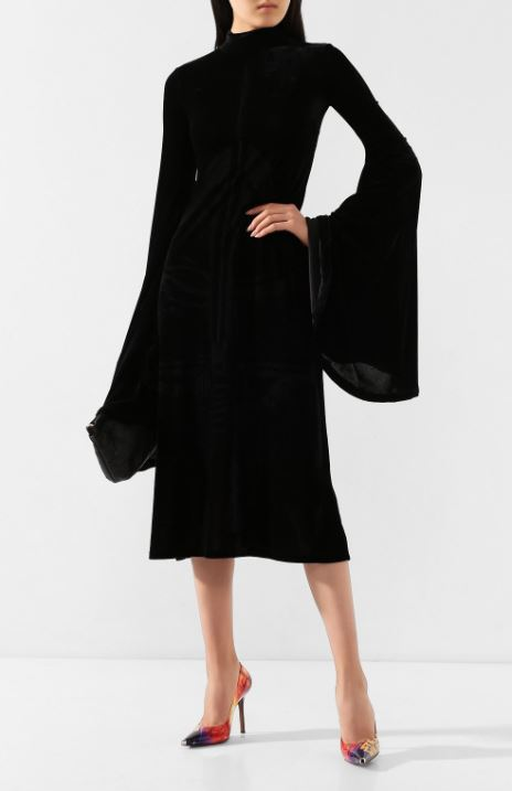 Платье, 136000 р.