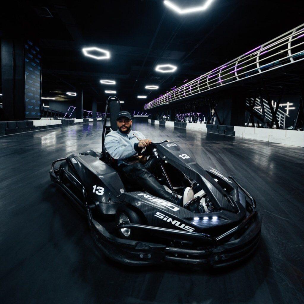 Поход в Black Star Karting