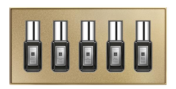 Набор одеколонов Jo Malone Set Cologne Intense, Jo Malone, 9100 р. Все ароматы – унисекс. Их можно менять каждый день или миксовать друг с другом. Еще один плюс – мини-флаконы удобно носить с собой.