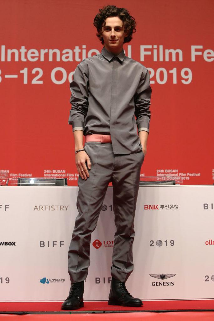 Тимоти Шаламе назвали самым стильным мужчиной