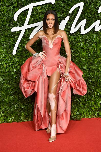 Ирина Шейк, Рианна, Наоми Кэмпбелл и другие: как прошла церемония The Fashion Awards 2019?