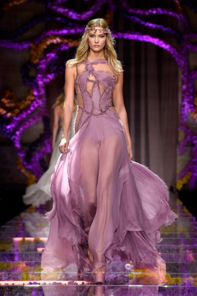 В день рождения Джанни Версаче: культовые платья дизайнера7