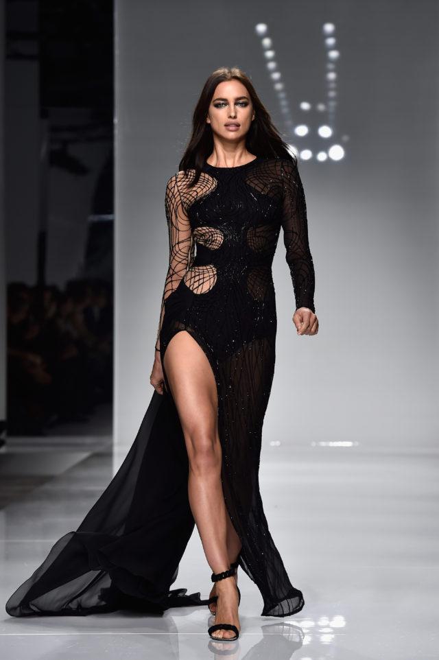 В день рождения Джанни Версаче: культовые платья дизайнера10