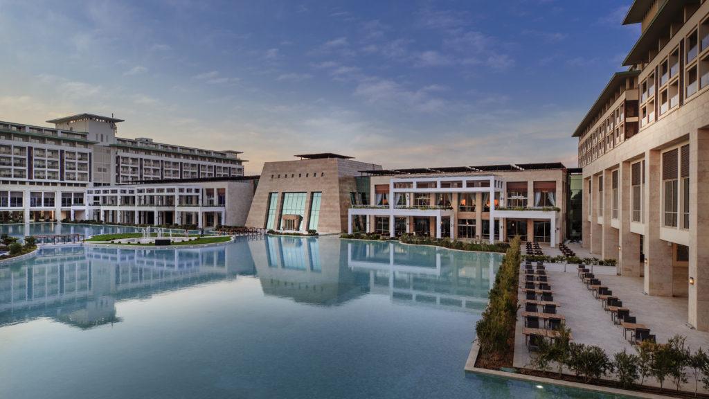 Новогодние каникулы: турецкий отель с аттракционами