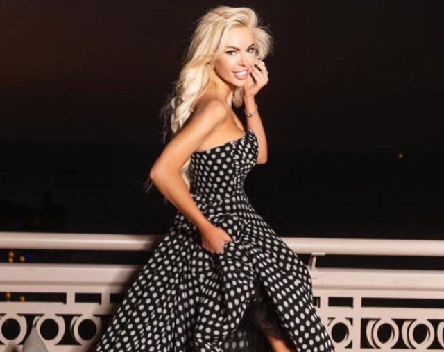 Look дня: Аліса Лобанова в сукню за 100 тисяч рублів