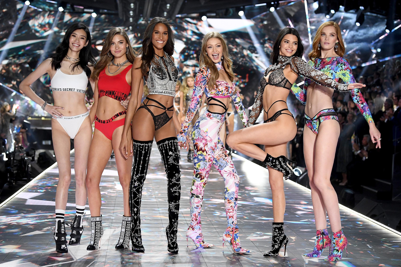 Бывший ретушер Victoria's Secret анонимно рассказала все о фотошопе фигур «ангелов»