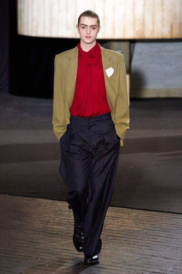 Показ Roland Mouret на Неделе моды в Лондоне38
